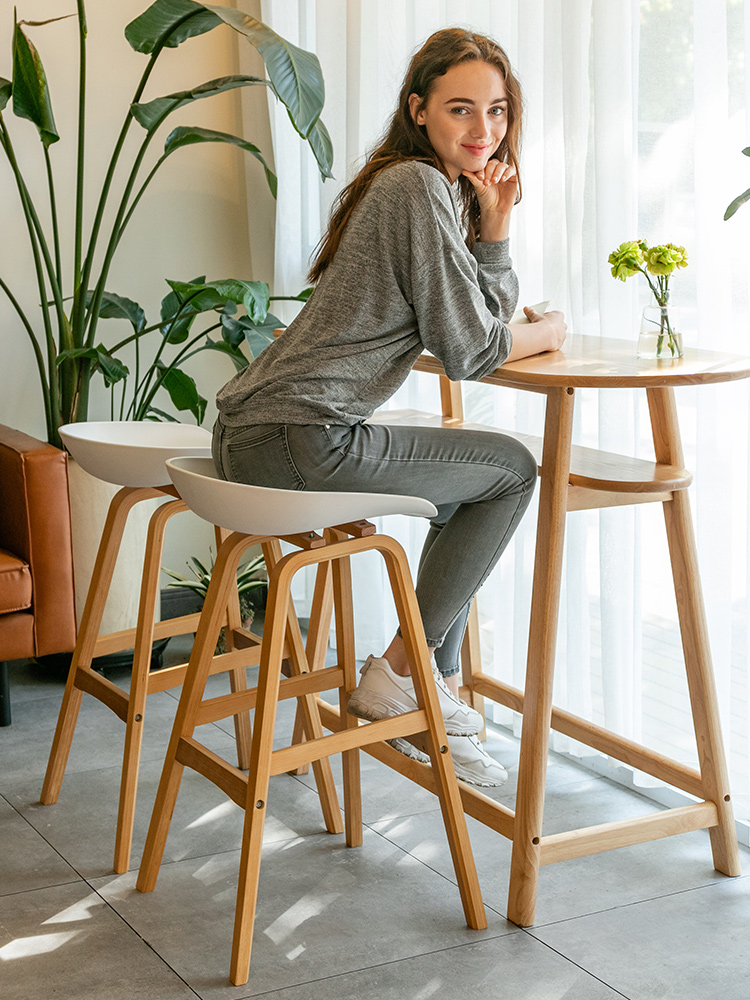 Modern Minimalist Solid Wood Bar Chair Nordic Home Creative Bar Chair High Stool Personality Bar Stool