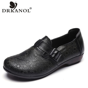 Image 1 - DRKANOL 2020 wiosenne buty damskie oryginalne skórzane wkładane mokasyny damskie płaskie buty damskie płaski baleriny moda pojedyncze buty H802