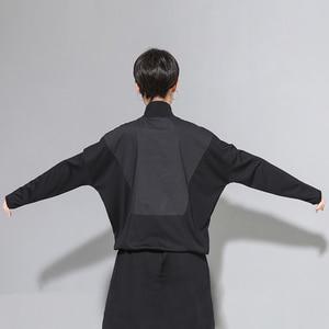 Image 4 - [EAM] Loose Fit Black Line Split Big Size Sweatshirt New High Collar Long Sleeve Women Big Size Fashion Spring Autumn 2020 1A530