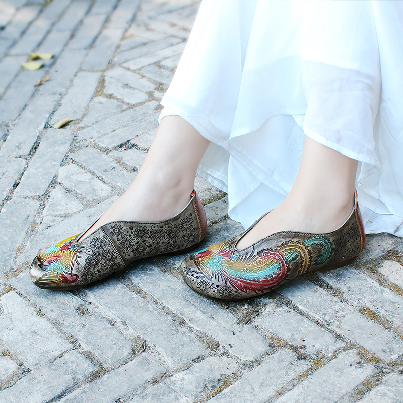 Женская обувь из натуральной кожи; лоферы; обувь на плоской подошве в стиле ретро; повседневная женская обувь без застежки; сезон весна; 2020