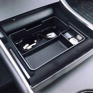 Image 3 - Pour Tesla modèle 3 2017 2018 2019 Console centrale organisateur insérer ABS noir matériaux plateau voiture stockage Auto accessoires trucs