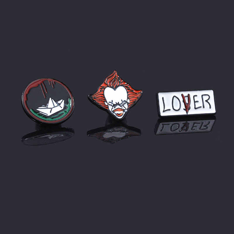 Stephen King Itu Enamel Pin Bros Film Horor Pennywise Sosok Lencana Bros Kerah Pin Perhiasan
