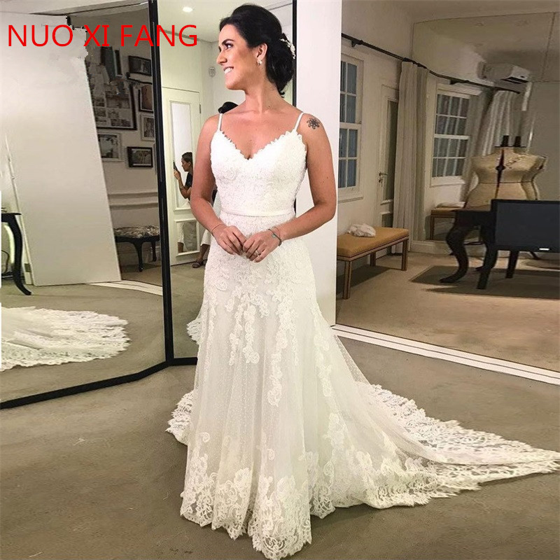 2020 Spaghetti Straps Lace Wedding Dresses Sleeveless Sheath Open Back Floor Length Sweep Train Bridal Dress Vestido De Noiva