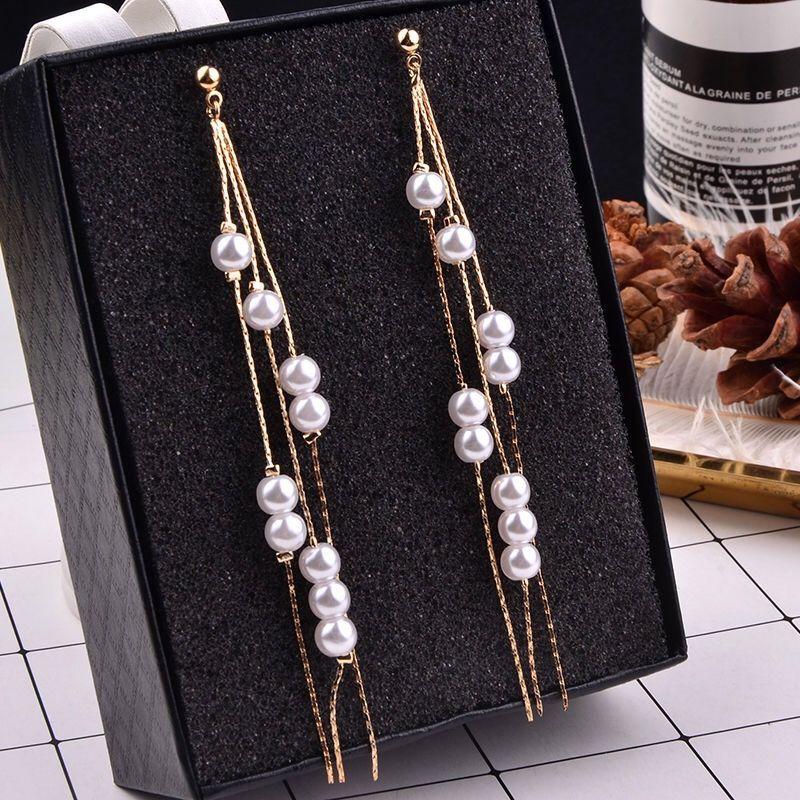 New 2020 popular women's long tassel simulation pearl pendant earrings ladies wedding chain temperament earrings