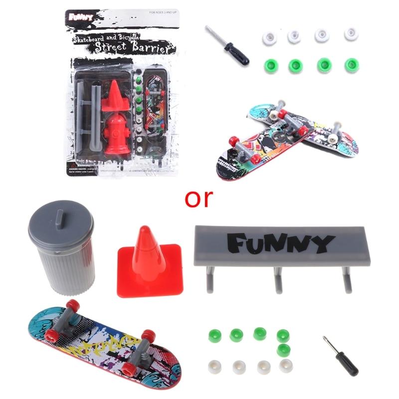 1Set MIni Finger Skateboard Fingerboard with Obstacles Set Kids Toy Novelty Gag