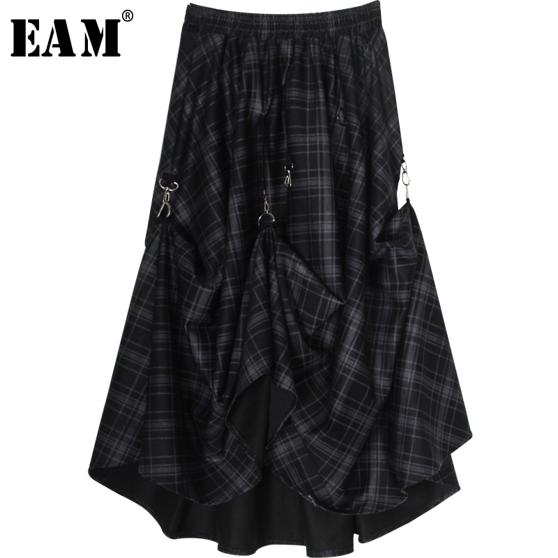 [EAM] High Elastic Waist Black Plaid Buckle Asymmetrical Pleated Half-body Skirt Women Fashion Tide New Spring Autumn 2020 1S471