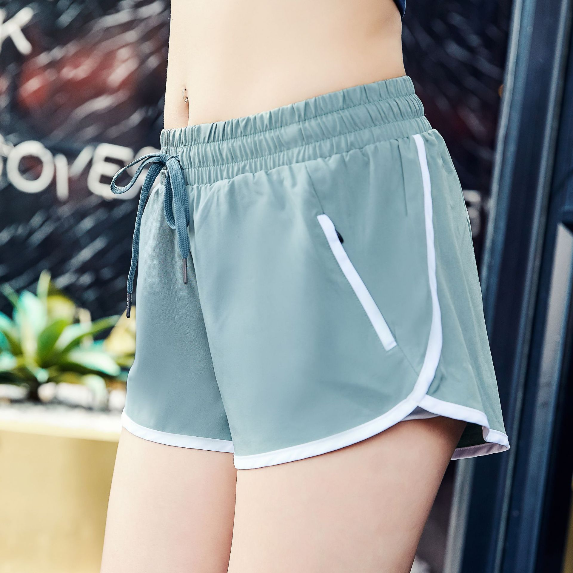 New Summer 2019 Lady Shorts Women's Sports Fitness Pants Size Fast Dry Running Shorts Slim Hip