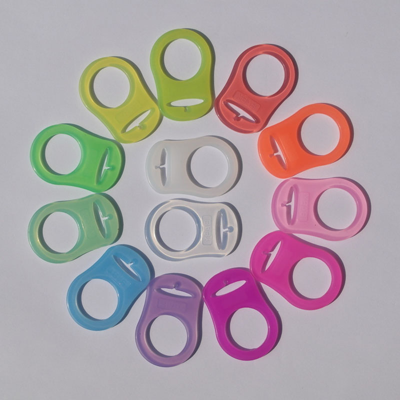 5pcs Silicone Pacifier Holders Chain Clips Baby Dummy Feeding DIY Attach O Ring