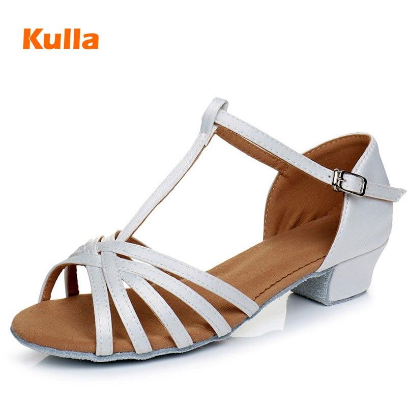 Latin Dance Shoes Kids Girls White Square Heel Ballroom Dance Shoes For Women Child Low Heels 3cm Salsa Dancing Shoes Wholesale