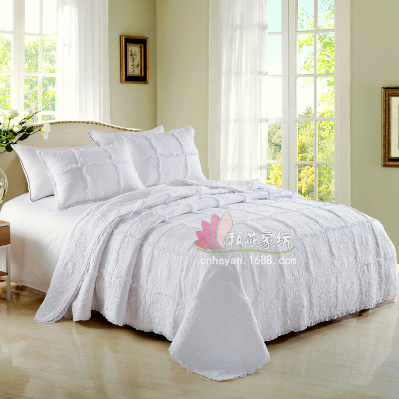 -Star Hotel Bedding Three-piece Set European Style Lace Wind Pressure Frilled Pure Cotton Plain Color Quilted Embroidery Quilt