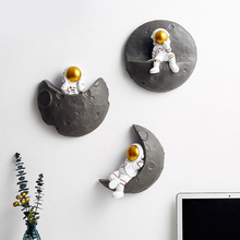 Wall Decoration Nordic Ins Modern Three-Dimensional Resin Astronaut Office Living Room Decoration Wall Hanging Decor Figurine