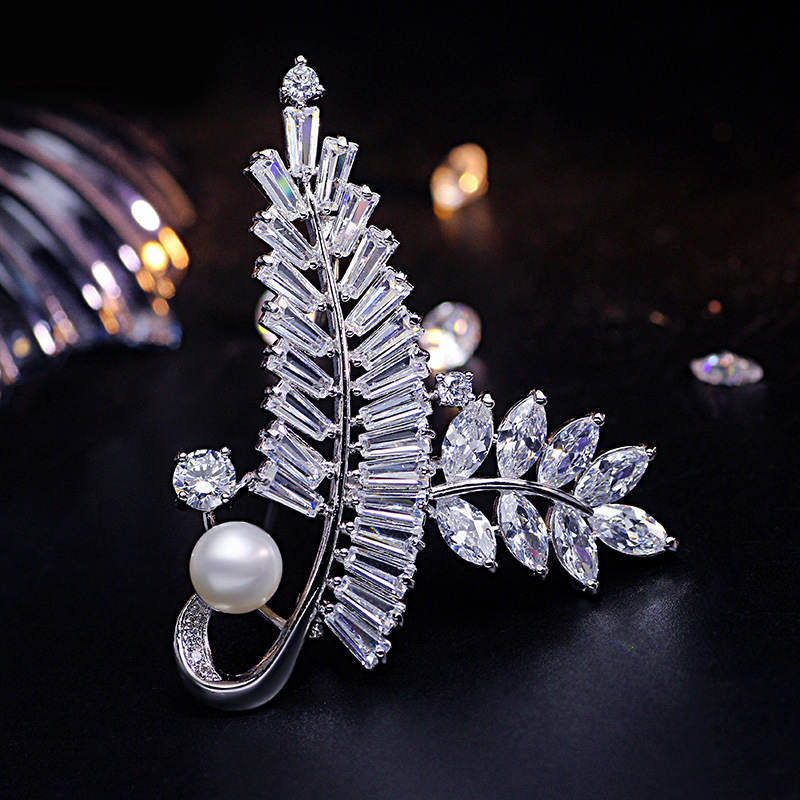 Gold And Sliver Brooch Pin for Women's Zicon Leaves Jewelry Pearl Brooches Clothes Scarf Buckle Garment Accessories Jewelry Pins-3