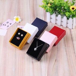 Image 2 - 24Pcs 7x9cm תכשיטי אריזת מתנה יהלומי דפוס נייר תכשיטי אריזה עבור שרשרת טבעת עגילי תצוגת תיבה עם שחור ספוג