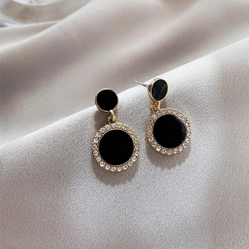 2020 New Arrival  Alloy Classic Geometric Women Dangle Earrings Black Circle Earrings Fashion Female Earrings Small Jewelry