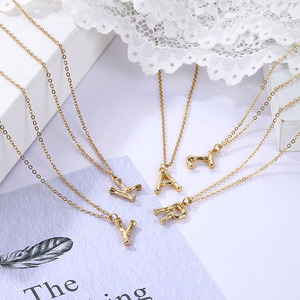 EN Hot Sale Women Gold Alloy 26 Letters Alphabet A-Z Minimalist Initial Pendant Necklace Fashion Twist Chain Neck Jewelry