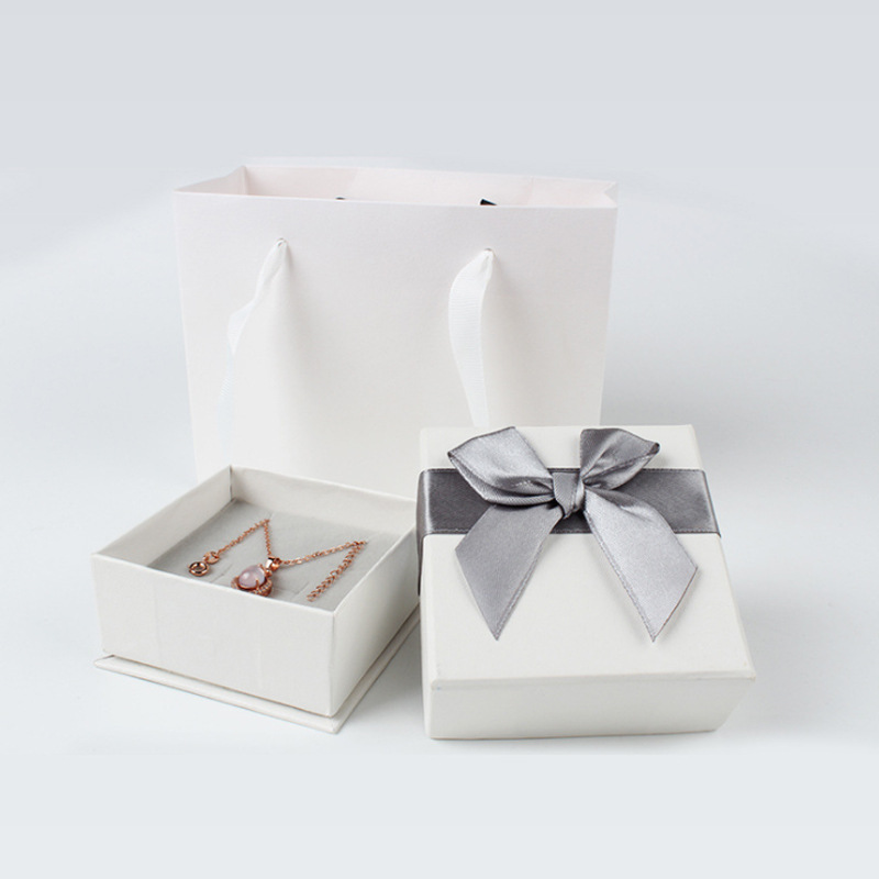 Manufacturers Direct Selling Accessories Jewelry Necklace A Set Of Ring Box Ribbon Bow Pendant Box Ring Gift Box