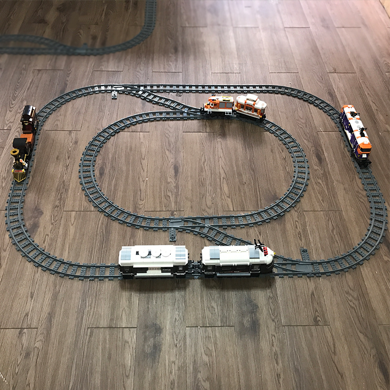 NEW 10-100 Pcs City Trains Train Track Railway Straight Curved Rails Building Blocks Kits Bricks Model Kids Toys
