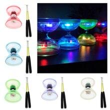 Pro Triple roulement moyen 5 pouces chinois Yoyo Diabolo jouet avec lumières et bâtons de carbone et jeu de cordes, différentes couleurs varient