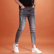 2021 verão tornozelo-comprimento calças de brim masculina moda impresso rasgado calças de brim streetwear casual cinza fino ajuste calças de lápis