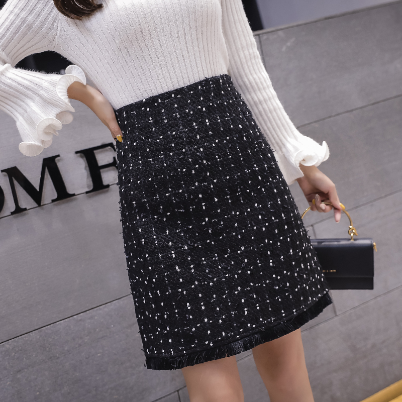 Black Tweed Skirts Women Tassel Autumn Mini Pencil Skirts Plaid Wool Skirts Korean High Waist Elegant Office Lady Skirt V935