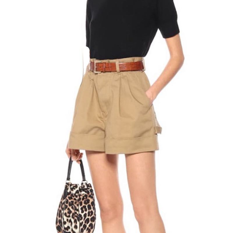 DEAT 2020 New Spring And Summer High Waist Kahki Color Wide Legs Shorts Buttons Pocket Hots WL07104L