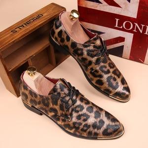 Image 1 - Mocassins plats pour hommes, chaussures léopard, Espadrilles en cuir, mode printemps Vintage, chaussures Oxford, collection décontracté