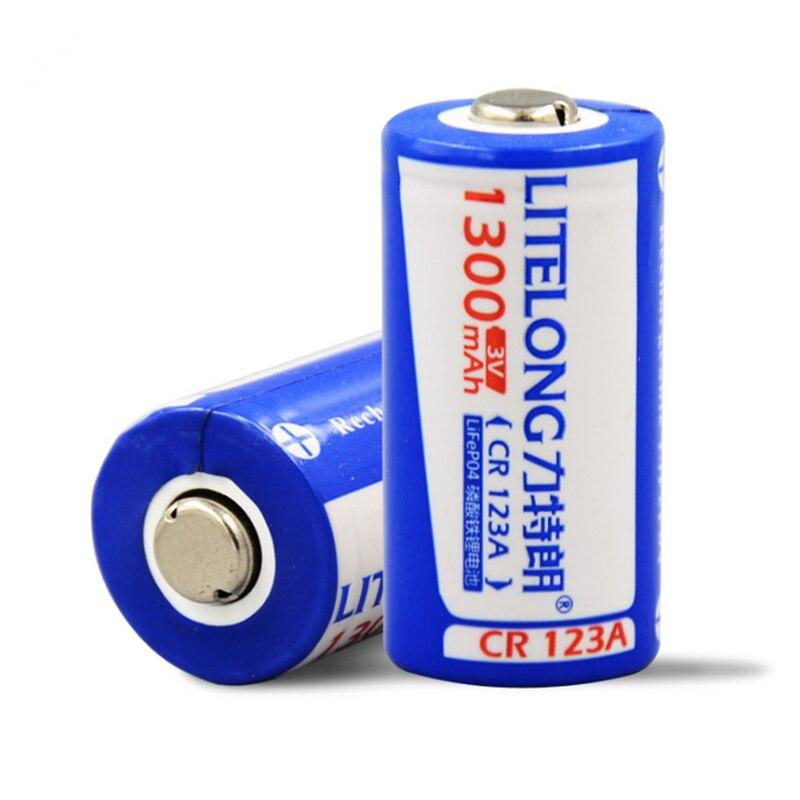 2 pcs/lot grande capacité 1300mAh 3V CR123A batterie rechargeable LiFePO4 16340 batterie rechargeable au lithium pour l'électronique d'appareil-photo