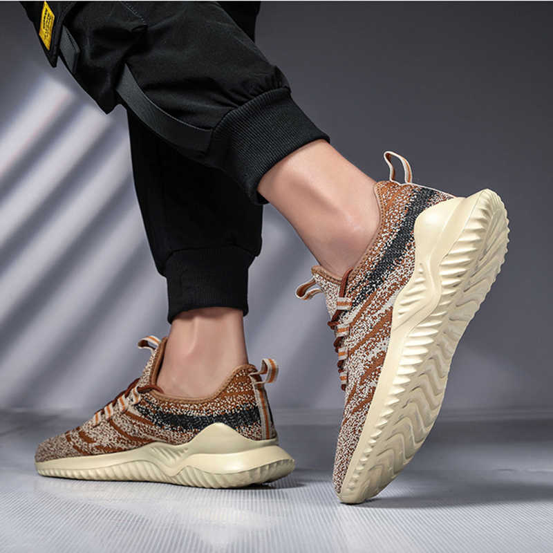 REETENE rahat örgü erkek ayakkabıları Lace Up Flyknit erkekler Sneakers yüksek kalite moda konfor erkek ayakkabısı açık koşu ayakkabıları erkekler