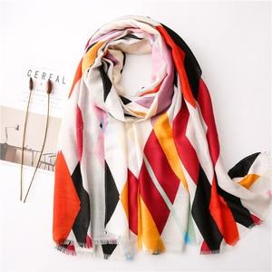 Image 4 - Женский шарф из пашмины с леопардовым принтом, дизайнерские хлопковые шарфы, шали и накидки, шифоновый хиджаб, бандана, 2019