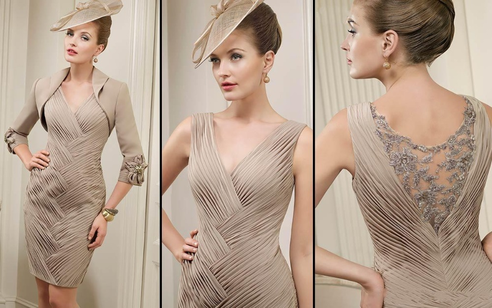 Mini Mother Of The Bride Dresses With Jacket 3/4 Sleeves Deep V Neck Luxury Pleat Sheath Appliques Back Short Champagne Vestidos