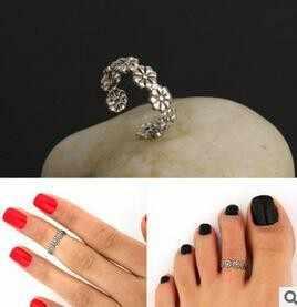 Vintage ขนาดเล็ก Daisy ดอกไม้ข้อต่อ Knuckle แหวนเครื่องประดับ Retro แกะสลักแหวนเท้าปรับผู้หญิงเครื่องประดับ