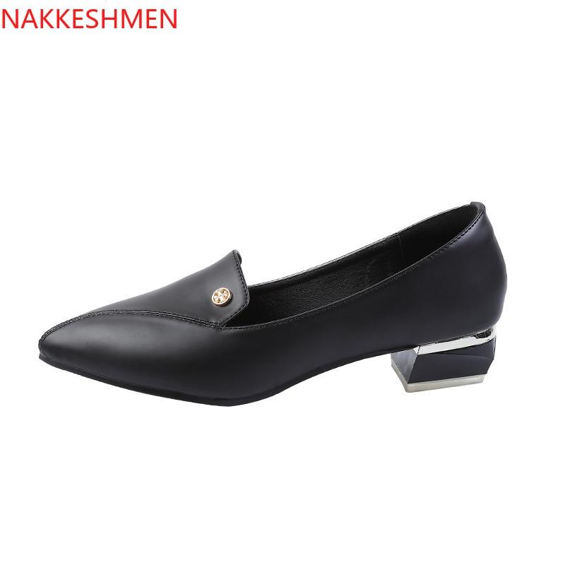 NAKKESHMEN/Новинка 2020 года; модная простая женская обувь на низком тонком каблуке в британском стиле; профессиональная обувь с острым носком из м