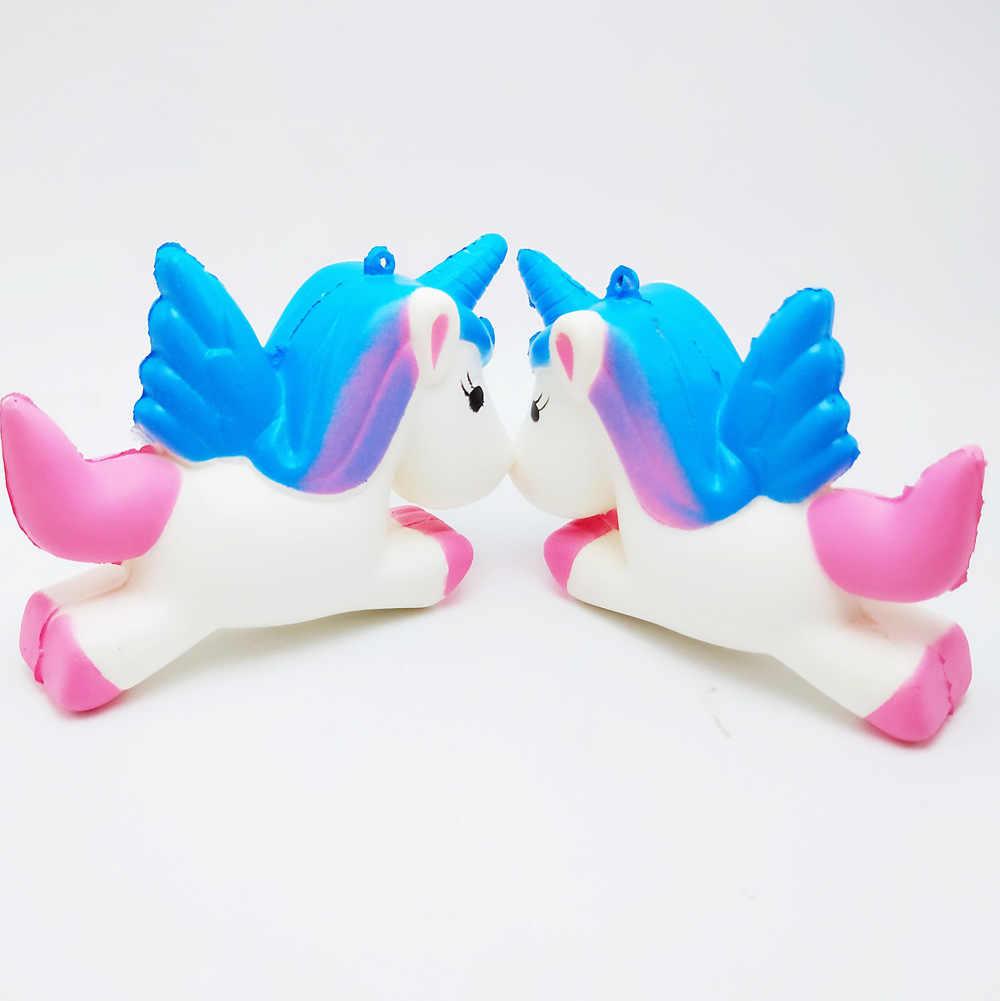 2018 Squishy Pegasus Unicorn Antistress Boot Palla di Decompressione Appiccicoso Eliminare Pet Fun Stress Squishies Spremere Friet Giocattolo per Bambini