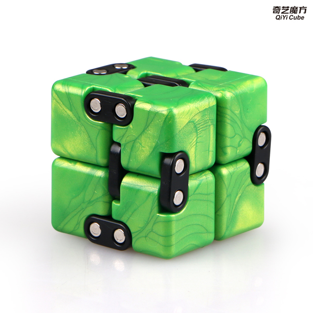 Qiyi Infinite cube Puzzle Toy 2x2 Magic Cubes Flip Cubic Stress Reliever Toys Children Gift 2x2x2 Speed Cubo magico 5