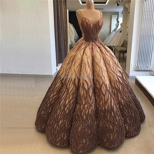 Image 1 - Türk altın kahverengi Dubai tasarım seksi akşam elbise 2020 kolsuz kat uzunlukta aplike ile lüks İnciler Robe De Soiree aibye