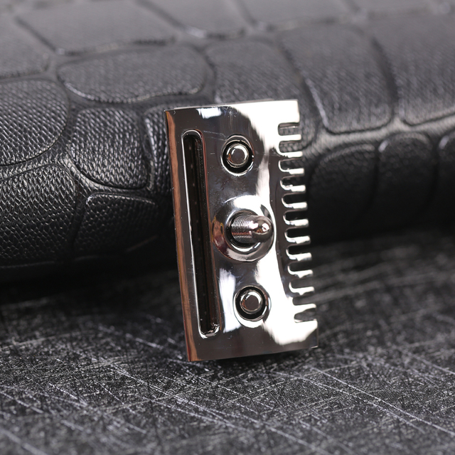 """The ""FLIPSIDE by Yaqi"" A Dual Comb Dual Aggression Level Razor Head In Chrome In Gunmetal 2"