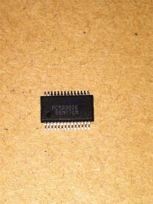 2pcs/lot PCM2902 PCM2902E SSOP-28 In Stock