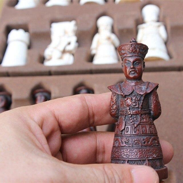 Ensemble d'échecs Antique en résine, grandes figurines en cuir, pièces de jeu de société, cadeaux d'anniversaire de noël pour parents et enfants 3