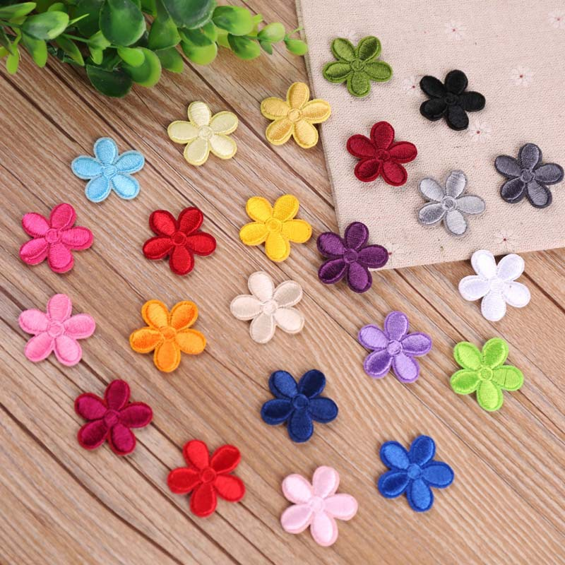5PCs Flowers Embroidered Patches For Clothes Garments  3.7cm Craft DIY Sewing