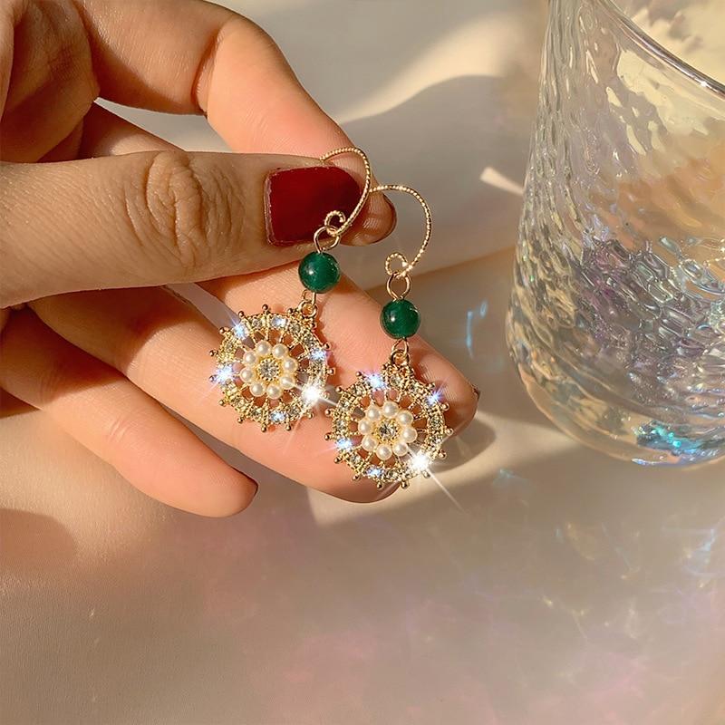 baroque 2019 new retro ear ornaments small sun flowers pearl fashion bohemian earrings indian women court earrings in Drop Earrings from Jewelry Accessories