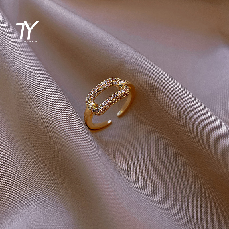 New Gothic Hollow Out Square Metal Gold Zircon Opening Rings For Woman Fashion Shining Jewelry Student Party Luxury Unusual Ring