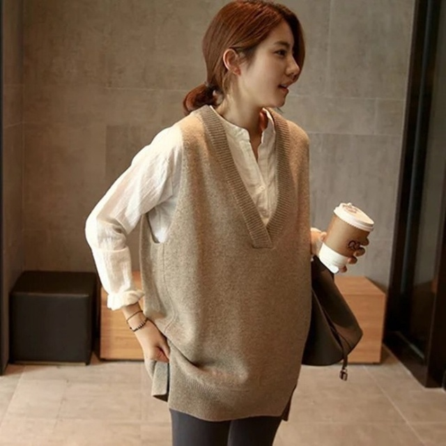 New V neck Girls Pullover vest sweater Autumn Winter Short Knitted Women Sweaters Vest Sleeveless Warm Sweater Casual oversize 2