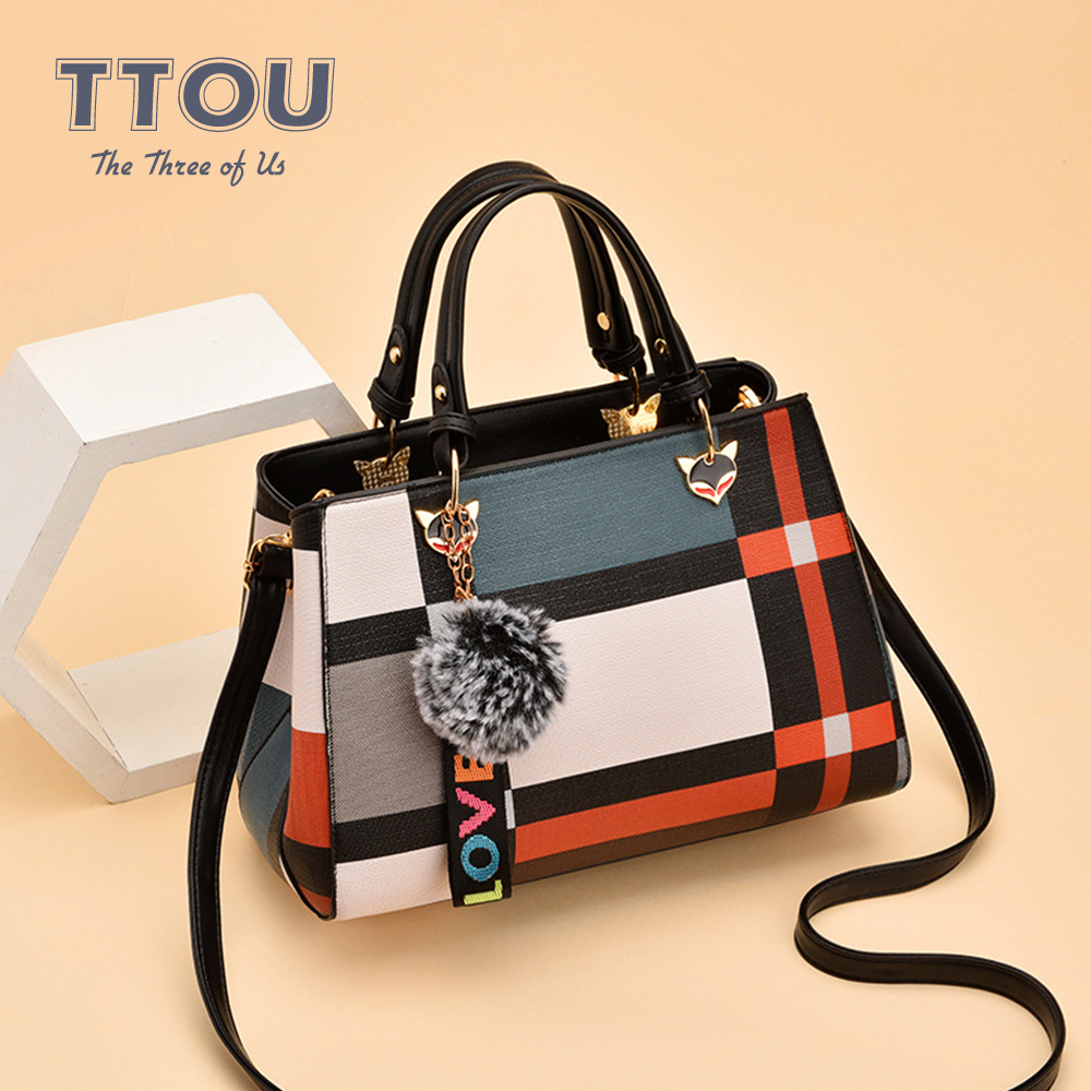 Large Capacity PU Leather Handbags With Fur Ball Plaid Pattern Crossbody Bag For Women Wild Shoulder Bags High Quality Tote Bag