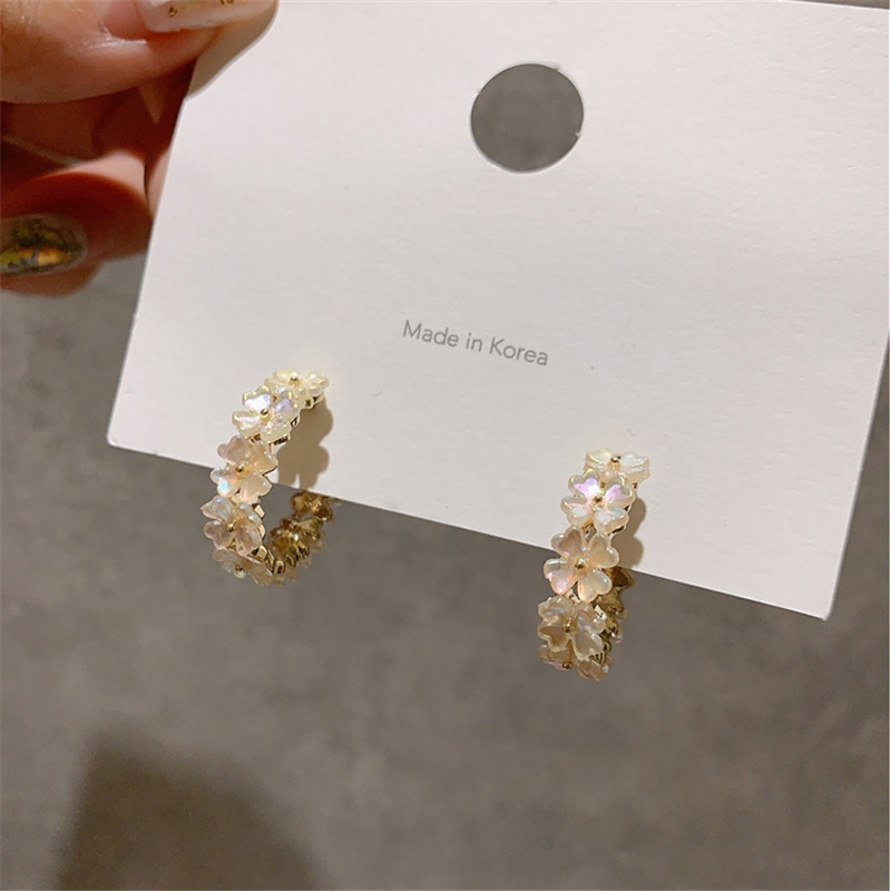 MENGJIQIAO New Arrive Elegant Cute Shell Flower Hoop Earrings For Women Geometric Circle Boucle D'oreille Jewelry Gifts