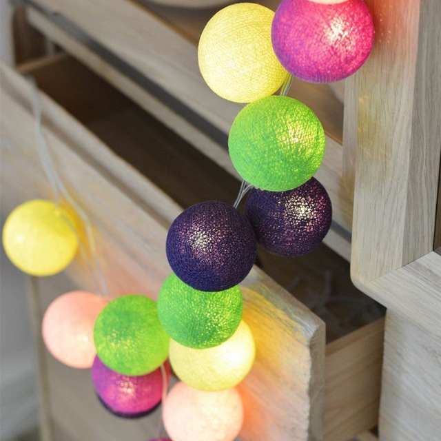 Garland Cotton Balls String Lights USB Battery Powered 6CM 40 Cotton Ball Light Chain Fairy Holiday Lights Birthday Party Gifts 4
