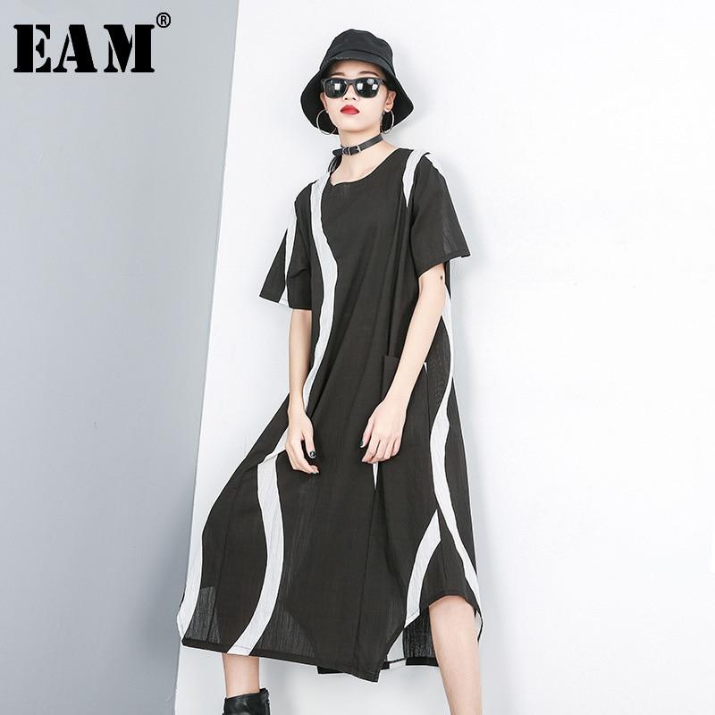 [EAM] 2020 New Spring Summer Round Neck Short Sleeve Black Striped Pattern Printed Big Size Long Dress Women Fashion Tide JS372