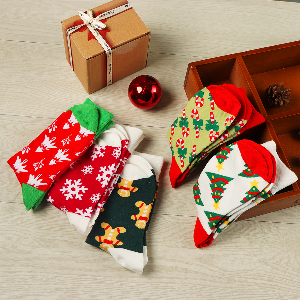 Ha940274d64e34993a03eeb4530c7feb7w - 1pair Fashion Christmas Socks Women Cartoon Funny Cute Winter Female & Hosiery Cotton Square Foot Personality Socks Harajuku