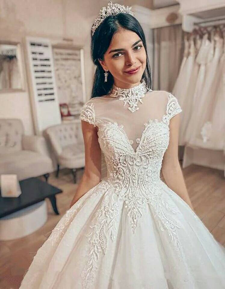 Free Shipping 2020 New Fashion Bride Dress Vestidos Formal Lace Up Short Sleeves Elegant Party Bridal Ball Gown Wedding Dresses