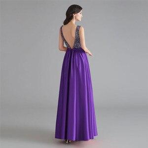 Image 2 - Schönheit Emily Satin Dark Rosa Brautjungfer Kleider 2020 V ausschnitt Schwere Perlen A line Hochzeit Party Kleid Formale Kleid Robe De soiree