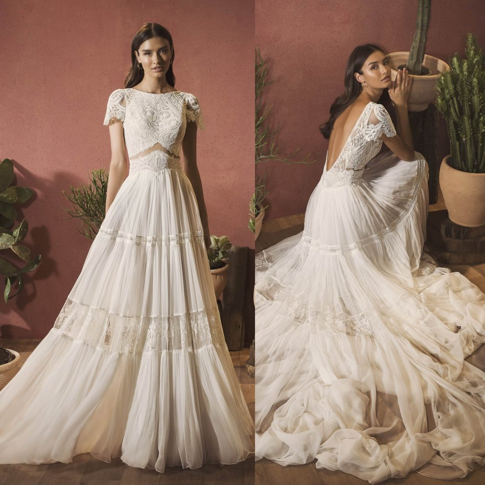 2020 Bohemian Wedding Dresses Scoop Neck Lace Appliques Chiffon Bridal Gowns Sexy Backless Sweep Train A-Line Wedding Dress
